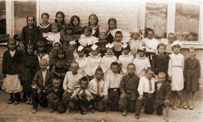 Свято в школі, 1938 р.