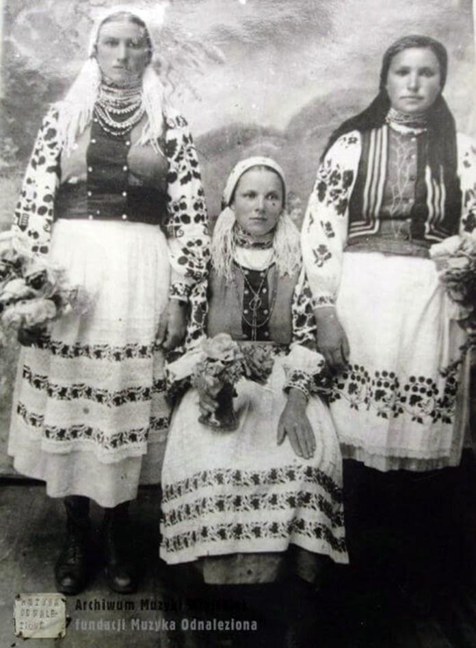 Мешканки села Люхча, Рівненське Полісся, 1930-і рр.