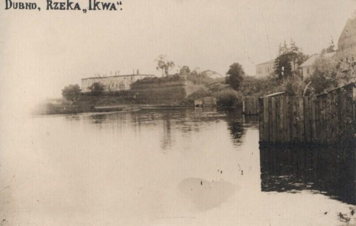 Вид на Дубенську фортецю зі сторони р. Іква, фото до реставрації, поч. ХХ ст.