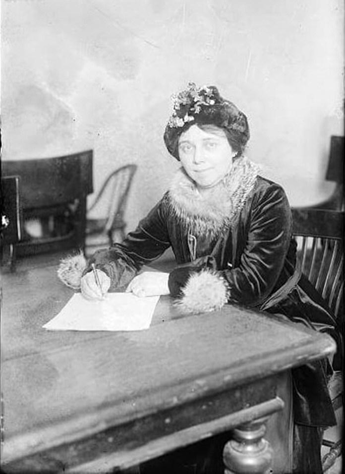 Софі Лоуб, 1915 р.