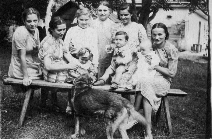 Рачин, 1941 рік, Пелагея Молчановська з родиною