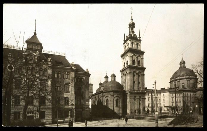 Волоська церква, товариство «Дністер», костел домініканців, 1911-1912 рр.