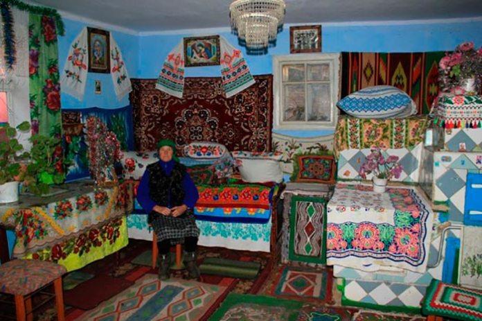 Домашній музей бабусі Параски