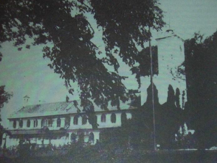 Палац в Дольську, фото до 1939 року