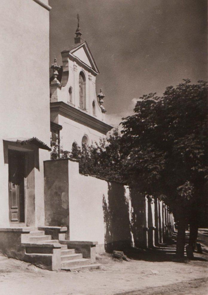 Церква бл. свщмч. Климентія Шептицького.
