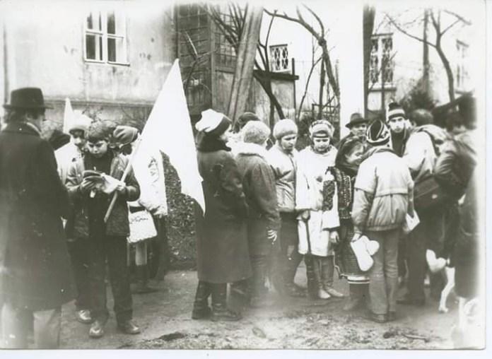 Акція віднайдення стрілецьких хрестів, лютий 1990 року. Фото Данилко Бічуя