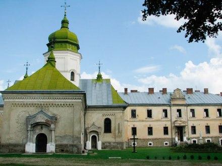 Церква св. Онуфрія у с. Лаврів, фото Ю. Чабан, 2011 р.