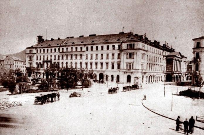 Театр графа Скарбека у Львові. Фото кінця ХІХ століття