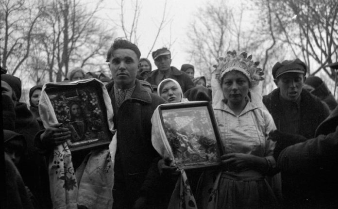 Молодята. Село Мизове. 1934-1937 рр. Фото: University of Massachusetts Amherst Libraries