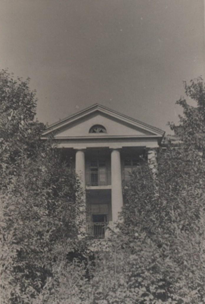 Будинок на Тарнавського