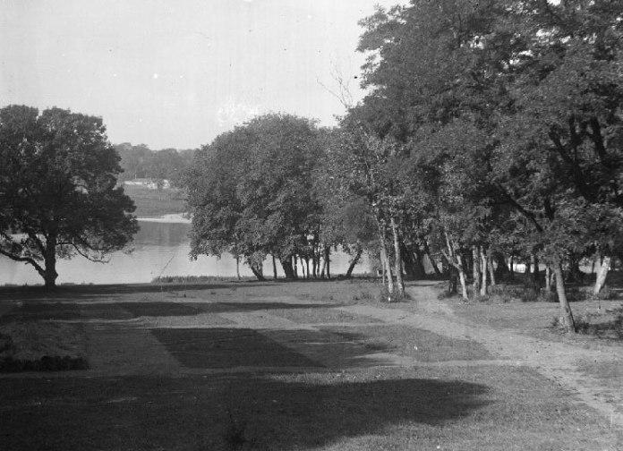 Територія навколо палацу, фото до 1937