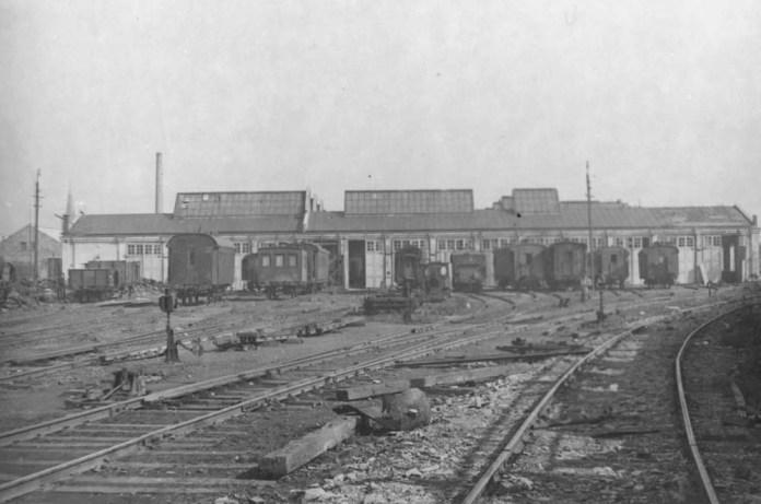 Вигляд львівських залізничних майстерень зі сторони заїзду. Кінець ХІХ століття