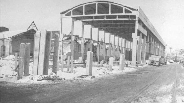 Демонтаж старих цехів ЛЛРЗ і будівництво нового цеху складання локомотивів