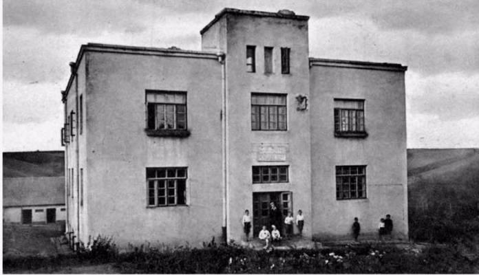 Сиротинець на Цегельні, 1935 рік. Фото з фондів ДАРО