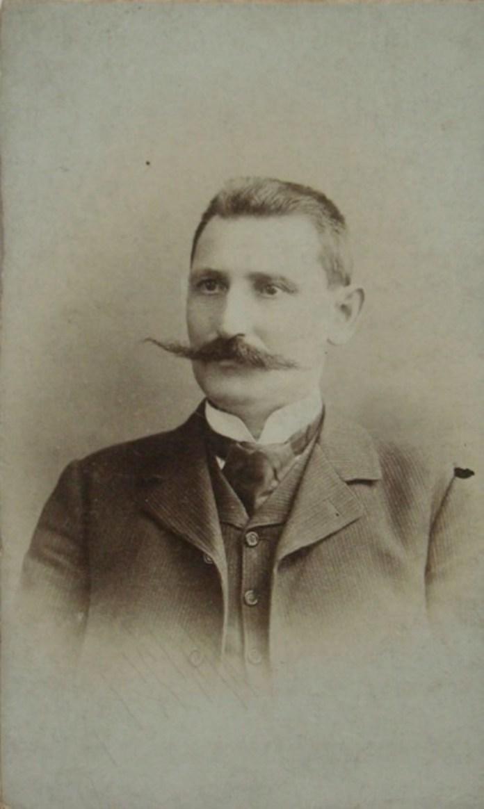 Чоловік з Львова, фотосалон «Ż. KLAFTEN», кін. ХІХ-поч. ХХ ст.