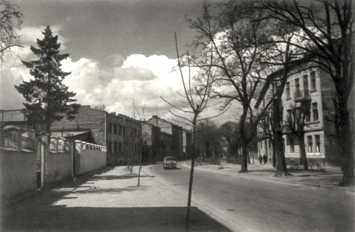 Львів, вулиця Маяковського, квітень 1960 року. Світлина Юліана Дороша