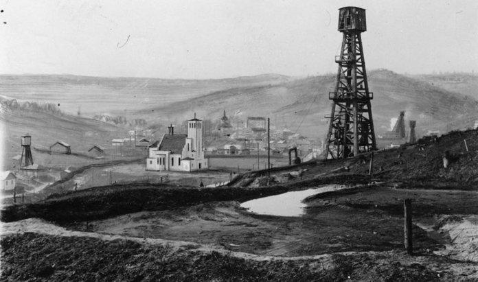 Нафтові вишки в Бориславі