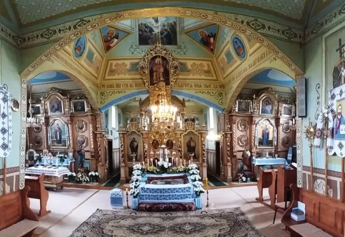 Вівтарна частина церкви святої Параскеви в селі Красів Миколаївського району Львівської області