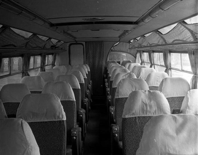 Салон експериментального автобуса «Україна-2»