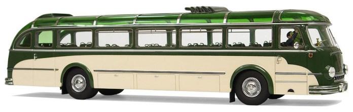Автобус «Magirus-Deutz» випуску початку 1950-х років, дизайн якого було частково використано при розробці автобуса ЛАЗ-695