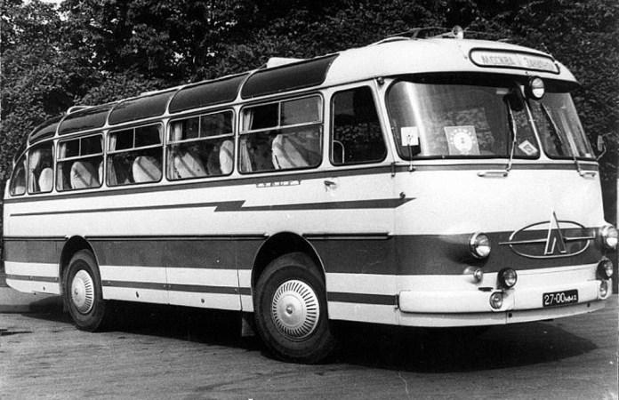 Серійний автобус ЛАЗ-697Е випуску 1961 року