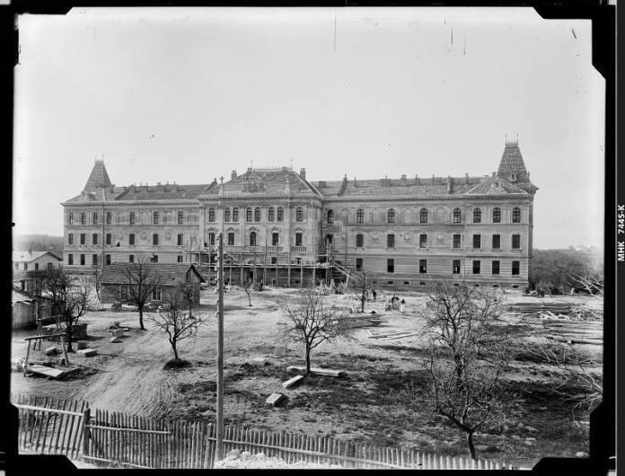 Хірургічна клініка,1890-ті. Фотограф Натан Крігер