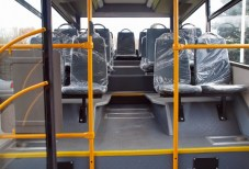 Салон автобуса ЗАЗ А10С. Вигляд в сторону хвостової частини.