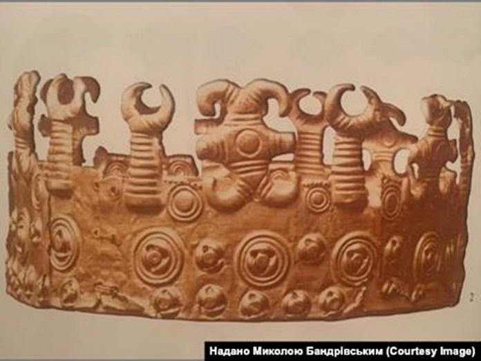 Фрагмент покриття діадеми, один із Михалківських скарбів