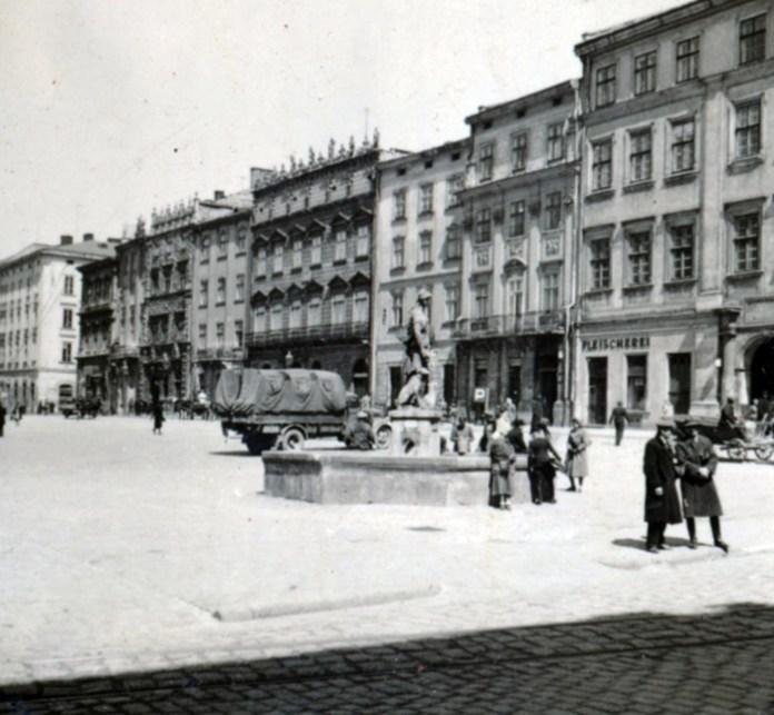 Львів, пл. Ринок, 1942 р.