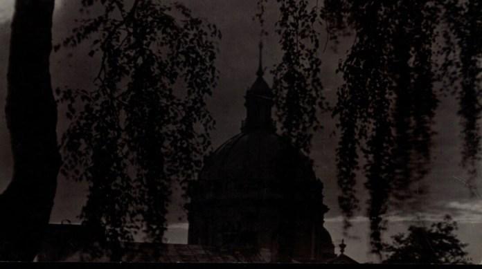 Вид на костел кармелітів, 1921 р. Фото: Ян Булгак