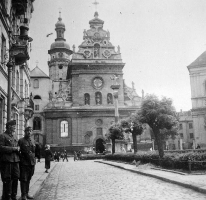 Львів, Бернардинський монастир, 1942 р.