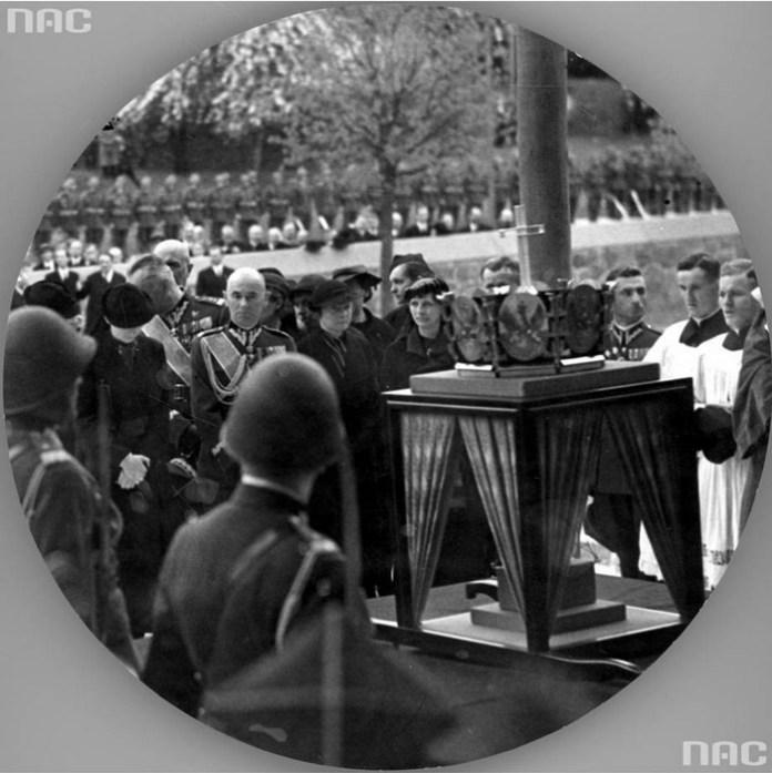 Урочисте перезахоронення серця Пілсудського у Вільнюсі, 1935 рік
