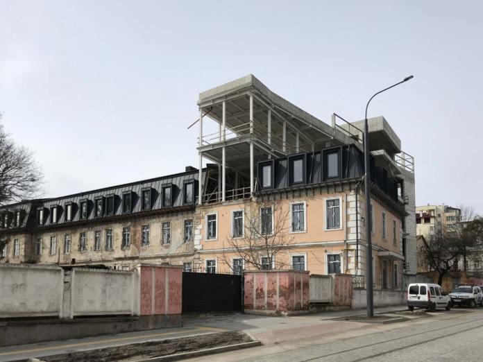 Будівництво Центру польської культури.АвторZommersteinhof