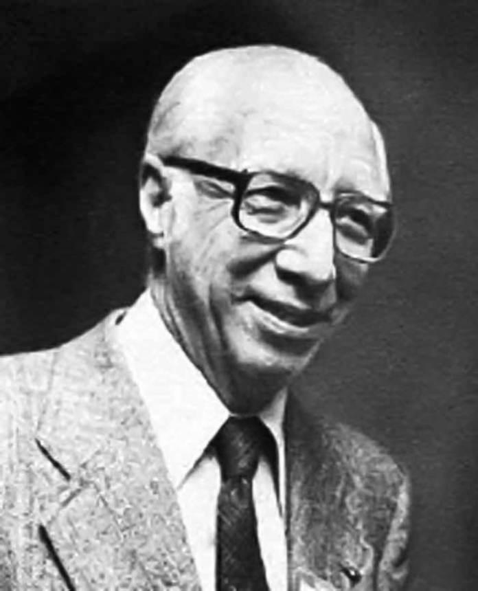 Голандський вчений Вільям Кольф, якого вважають «батьком» гемодіалізу