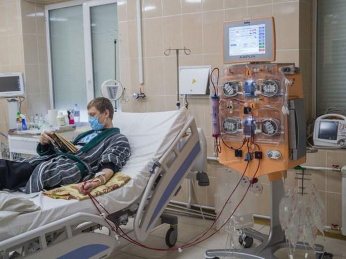 Сучасний багатофункціональний апарат для гемодіалізу у Клінічній лікарні швидкої медичної допомоги міста Львова. 2020 р.