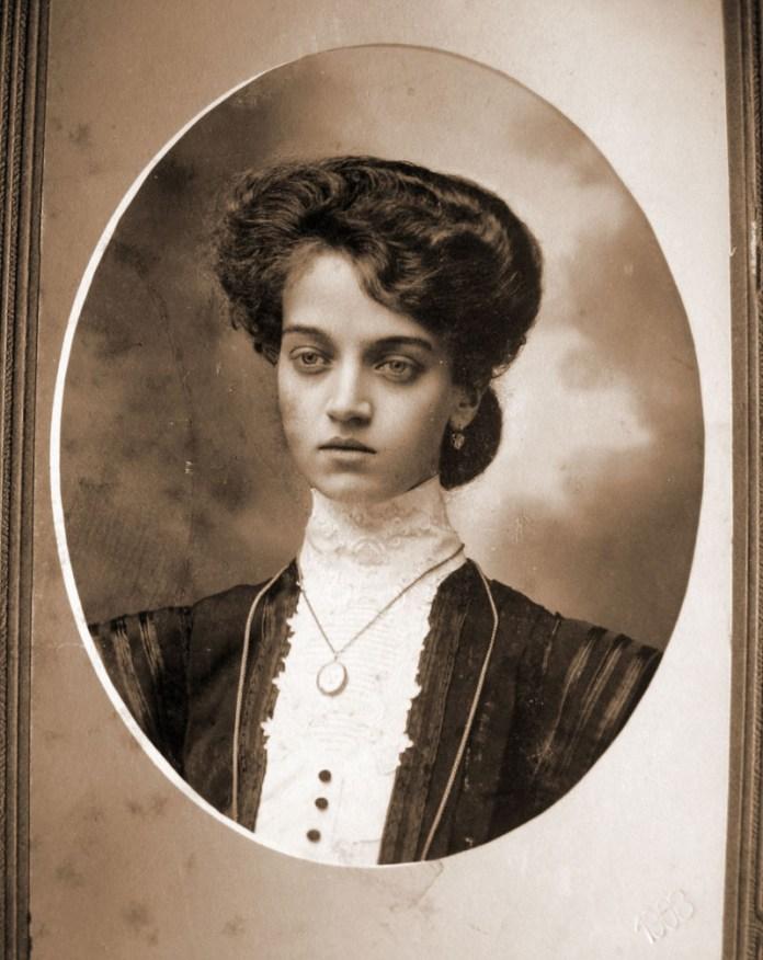 Раїса Подобед, Рівне 1904 р.