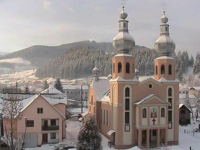Церква у Воловці. Джерело: volovec.at.ua