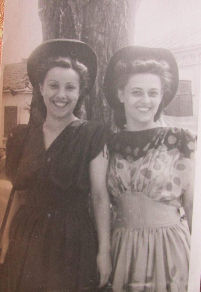Подруги і в театрі, і в житті – Алла Логошовець (ліворуч) і Тетяна Куровська