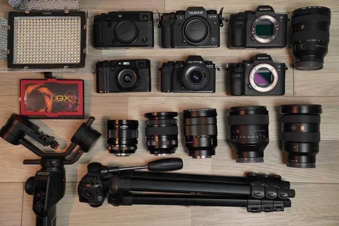 Фотоапарати у Львові: основні відмінності фотокамер від професійних до дитячих