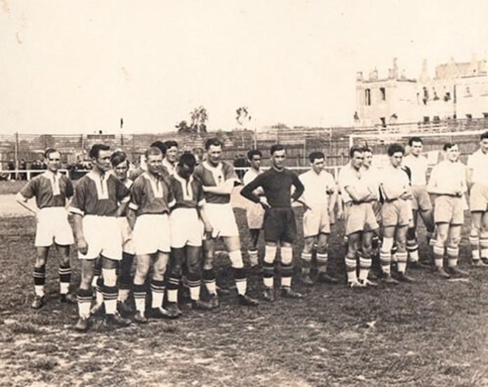 Фото з родинного архіву рівненського футболіста Олексія Лисенка