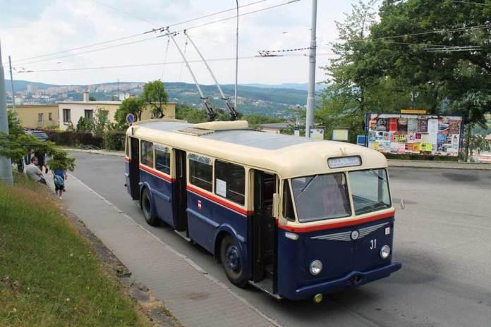 Тролейбус «Škoda 7Tr4», експонат Технічного музею у місті Брно. Фото 2015 року