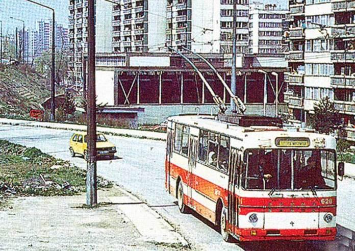 Тролейбус «Škoda-Sanos 115Тr», побудований на базі автобусного кузова