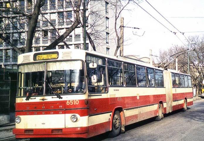 Зічленований тролейбус «Škoda-Sanos 200Тr», побудований на базі автобусного кузова