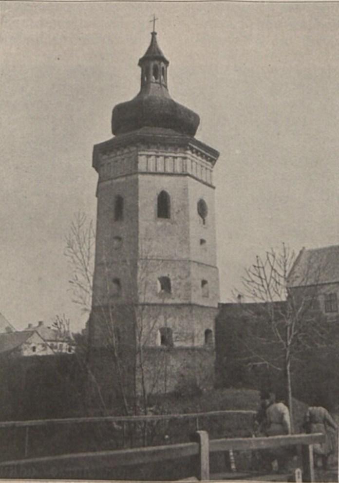 Дзвіниця в Жовкві, 1900 р.