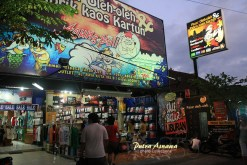 11-tanahlot-shopping