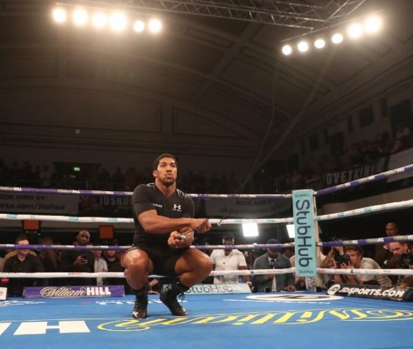 https://i2.wp.com/photo.boxingscene.com/uploads/anthony-joshua%20(12)_4.jpg?w=598&ssl=1