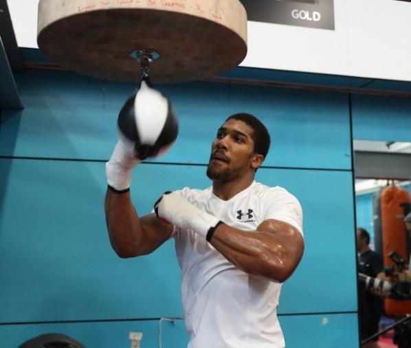 https://i2.wp.com/photo.boxingscene.com/uploads/anthony-joshua%20(29)_1.jpg?w=598&ssl=1