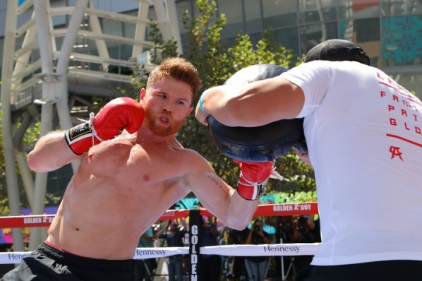 https://i2.wp.com/photo.boxingscene.com/uploads/canelo-alvarez%20(8)_10.jpg?w=598&ssl=1