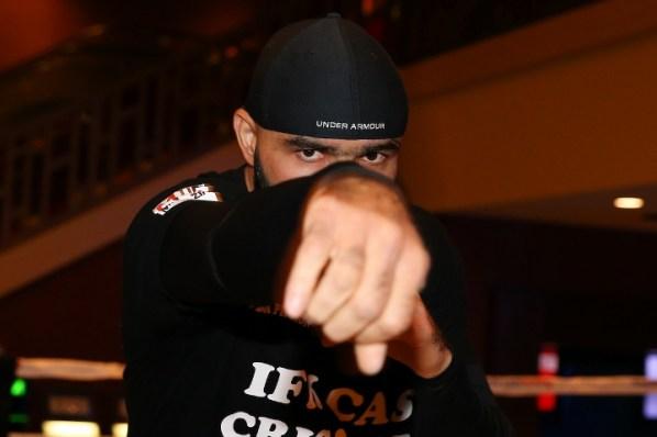 https://i2.wp.com/photo.boxingscene.com/uploads/dinu%20(2).jpg?w=598&ssl=1