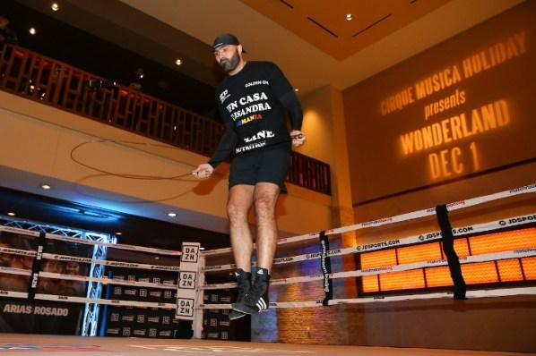 https://i2.wp.com/photo.boxingscene.com/uploads/dinu%20(5).jpg?w=598&ssl=1